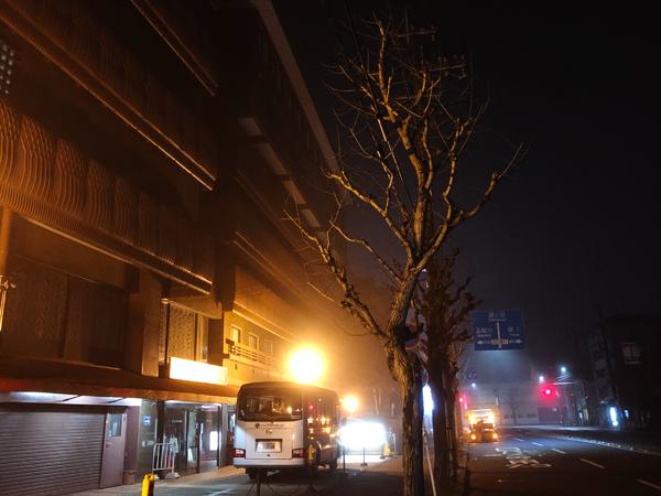2月 ホテル前の霧