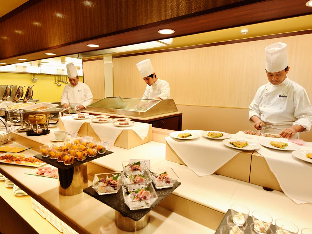 カフェ&レストラン京わらべ