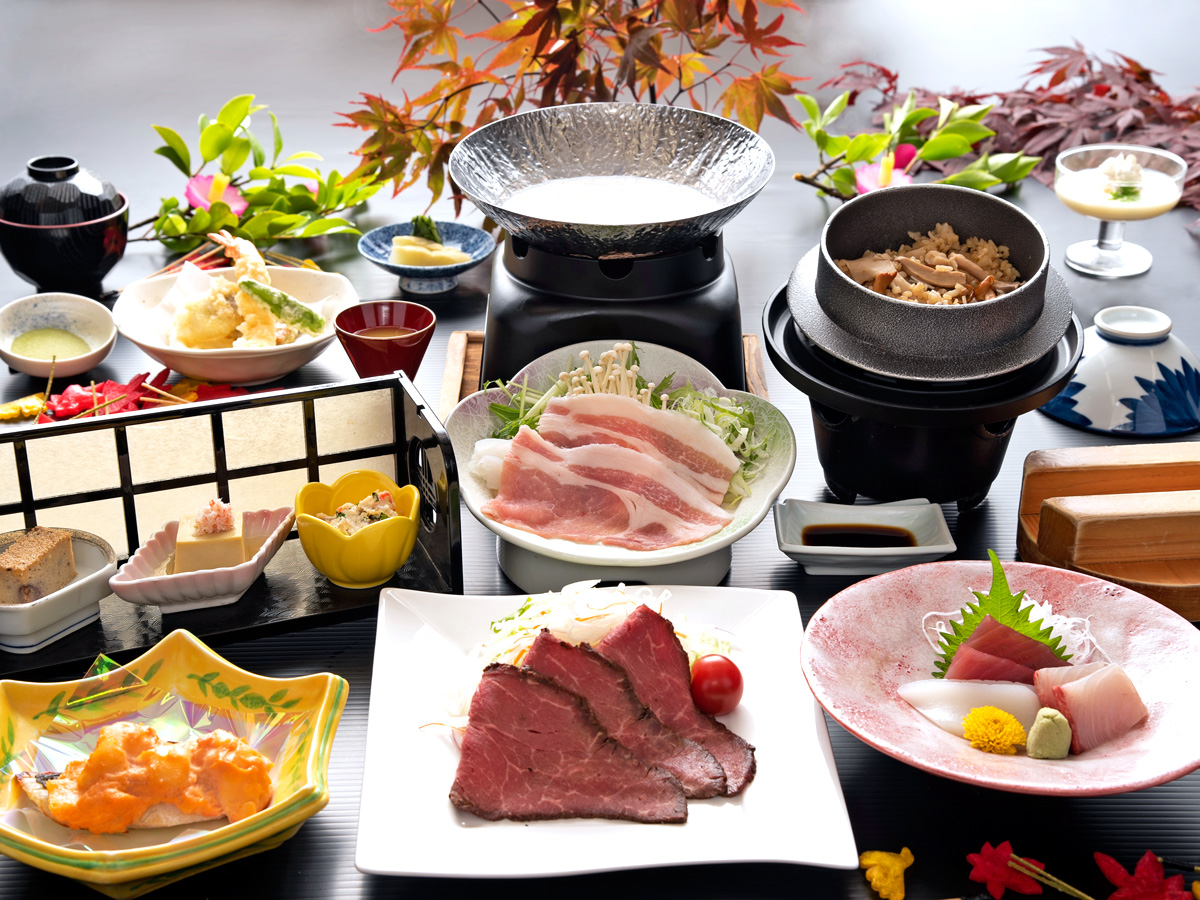 三河湾ヒルズ・ホテルの秋の会席「三河湾秋彩膳」