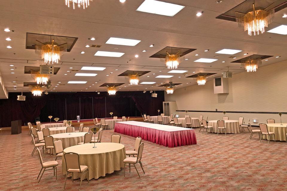 三河湾ヒルズ・ホテルのコンベンションホール「絢爛の間」