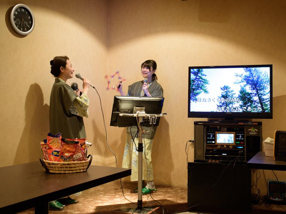 三河湾ヒルズ・ホテルの団体プラン「カラオケ・マラソンパック」イメージ