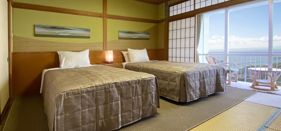 三河湾ヒルズ・ホテルの客室 和ベッド