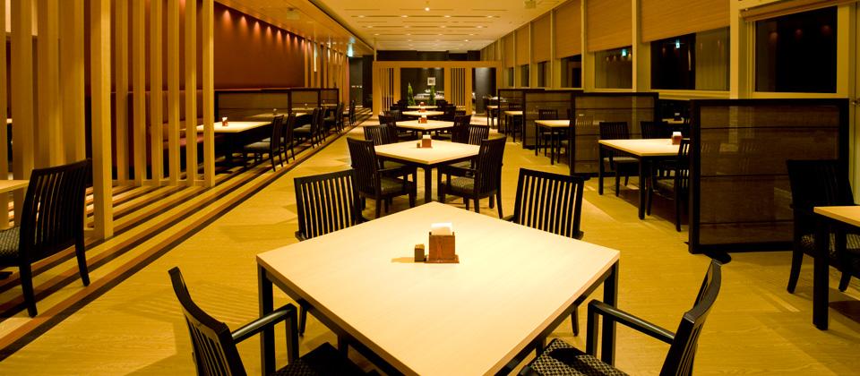 三河湾ヒルズ・ホテルのレストラン「あおい」